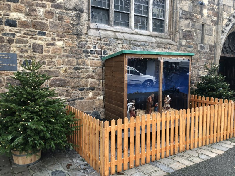 Community pulls together for outdoor Nativity scene
